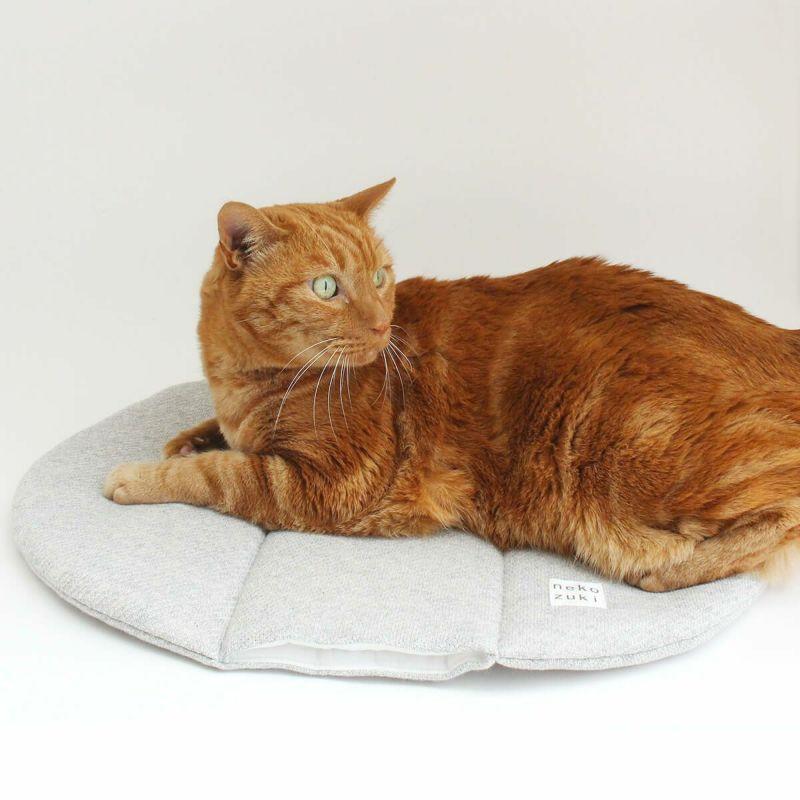 日本製の猫用ベッド